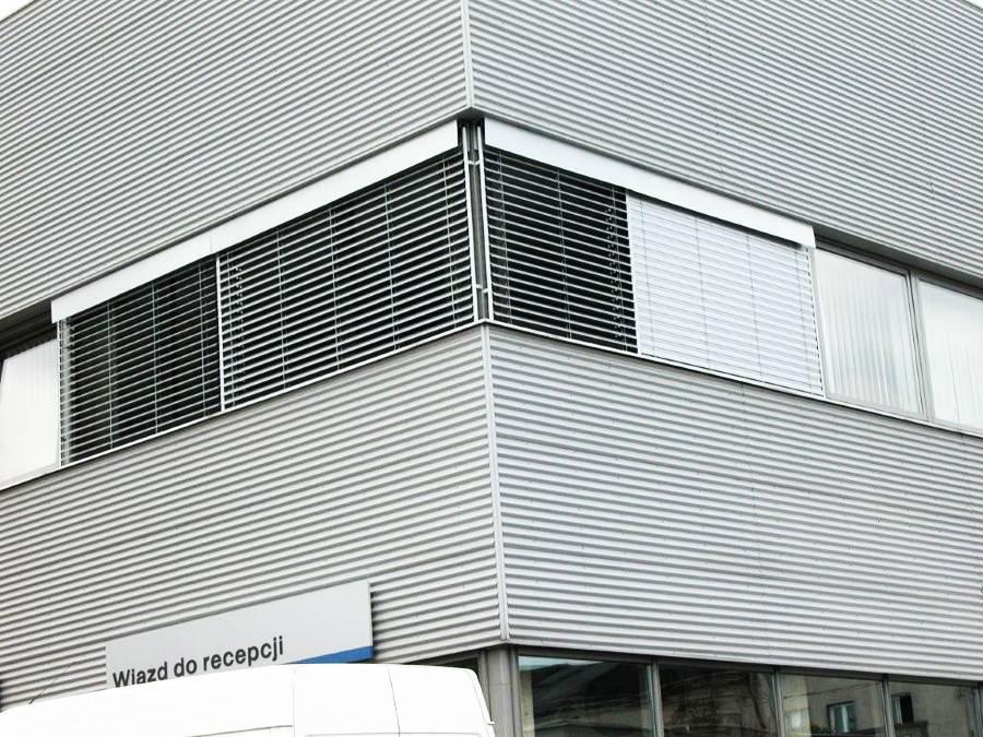 Żaluzje fasadowe do biurowca Warszawa