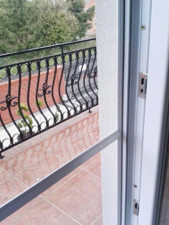 Moskitiery do drzwi balkonowych Warszawa