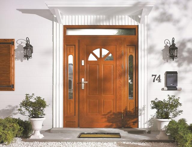 Stylowe drewniane drzwi zewnętrzne