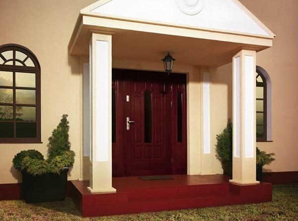 Klasyczne drzwi zewnętrzne