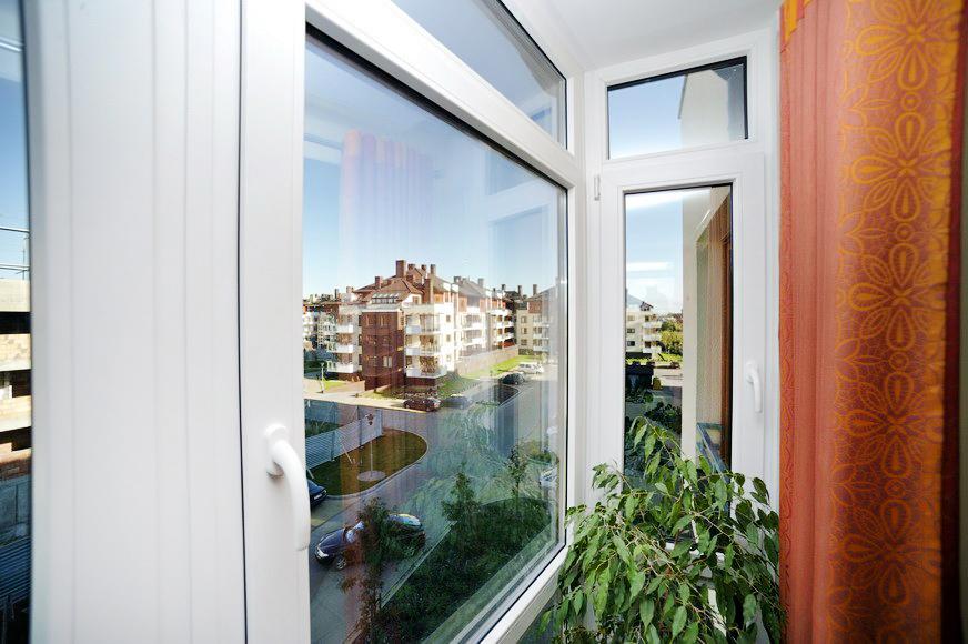 Białe okna PCV do bloku Warszawa