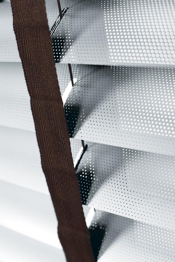 Ażurowe żaluzje aluminiowe