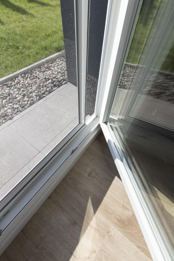 Moskitiery do drzwi balkonowych